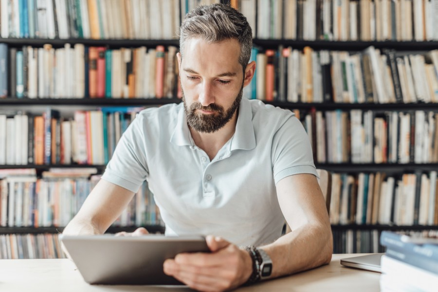How to choose the best Enterprise Content Management solution for your hybrid workplace in 10 steps